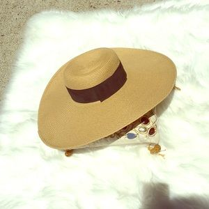 👒👗pretty Large ribbon sun 🌞 hat!!